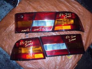 JDM 2000-2001 LEXUS ES300 INNER & OUTER TAILLIGHTS