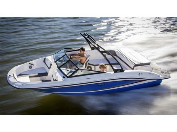 Used 2015 Other SeaRay 21SPX