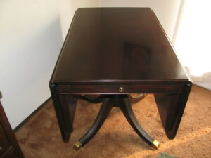solid mahogony side table / games table