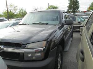 2005 Chevrolet Avalanche LS runs and drives as-is deal 4x4