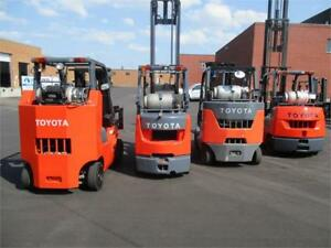 Forklift Toyota Pneumatic , indoor outdoor with side shift 8000