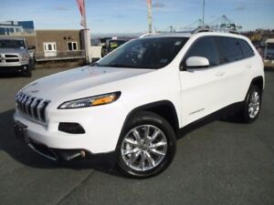 2016 Jeep CHEROKEE Limited (3.2L V6, 4X4, PANO ROOF, R/CAM, R/ST