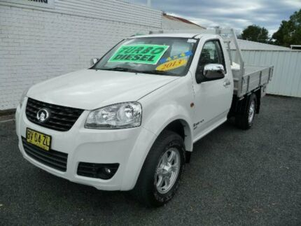 2013 Great Wall V200 K2 (4x4) White 6 Speed Manual Cab Chassis