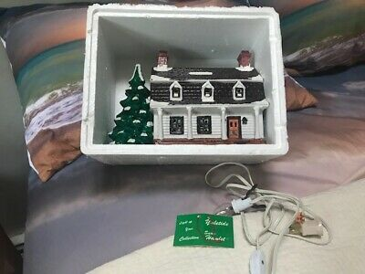 VINTAGE YULETIDE SNOW DUTCH COLONIAL Up HOUSE W/Christmas Tree Rare Lighted