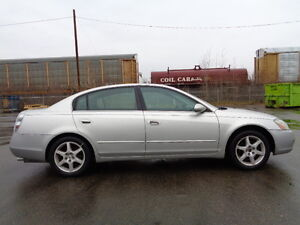 2004 Nissan Altima 3.5 V6 AMAZING SHAPE IN AND OUT