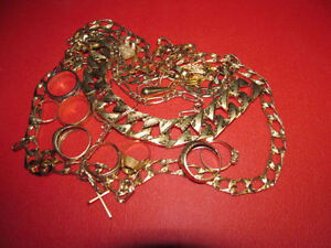 Wanted: WE BUY GOLD! - Scrap / Rings / Chains / Bracelets ......