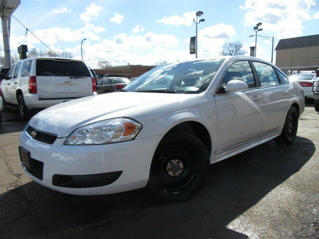 Imagen 1 de Chevrolet Impala white