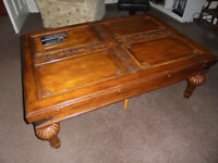 Coffee Table good size 133cm long x 92cm wide x 49cm high, legs unscrew, delivery may be possible