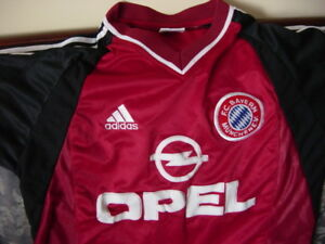 NEW - Bayern Munich Home Jersey Season 2001/2002