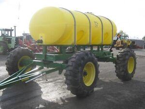 Yetter 2000 Gal Fertilizer Tank