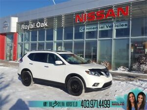 2014 Nissan Rogue SV AWD **Second Set Of Tires*