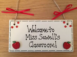 Personalised teacher classroom plaque/sign welcome gift thank you assistant
