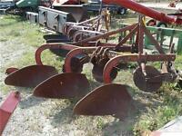Massey Ferguson 3-Furrow Plow