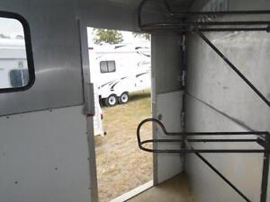 1998 Powerhorse Trailer 3 Horse or 4 Horse Gooseneck London Ontario image 6