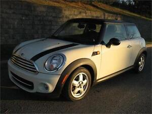2011 MINI COOPER (AUTOMATIQUE, 66,000/KM, CUIR, AIR, MAGS, FULL)