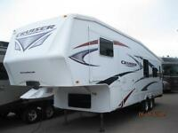 WOW  Cruiser Rear Living 5th Wheel with 3 Slides, only 8530 lbs.