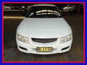 2004 Holden Commodore VZ Executive White 4 Speed Automatic Sedan Villawood Bankstown Area Preview