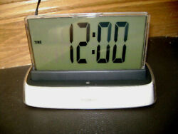 MOSHI VOICE CONTROLLED TALKING ALARM CLOCK TIME TEMPERATURE DATE