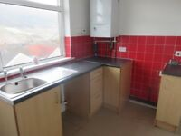 2 Bedroom flat in Maerdy, available immediately with no bond or upfront costs!