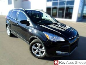 2015 Ford Escape SE Eco Boost Leather / Sunroof $205 B/W