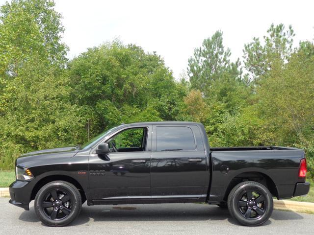 dodge ram 1500 blacktop edition autos post. Black Bedroom Furniture Sets. Home Design Ideas
