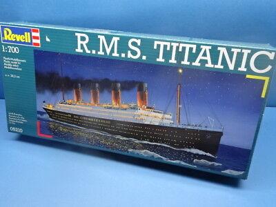 """1/700 Revell  (2012 ): Ocean Liner  """"Titanic """""""
