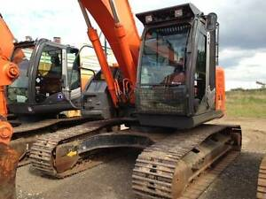 Hitachi 22t Excavator ($16900+GST) & Mulcher Attachment $9K+GST Bli Bli Maroochydore Area Preview