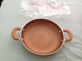 QVC COOKS PAN WITH HANDLE