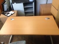 7x 1600x800mm beech desks with cable port management & cpu holder £95 each