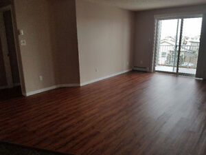 2 Bedroom Condo in Meadows Near 17th Street Avail Now