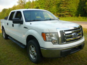 2011 Ford F150 XLT 4X4 Accident Free CarProof report available