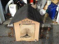 Niche isolée / maison chien hivernisée