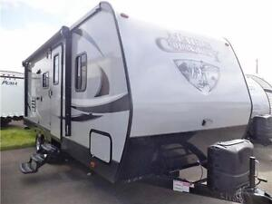 2017 MAPLE COUNTRY 237 BH