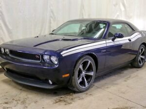 2014 Dodge Challenger R/T Classic 2dr Coupe Manual w/ Leather, N