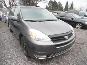 2004 Toyota Sienna LE Loaded  230k , Clean $3850