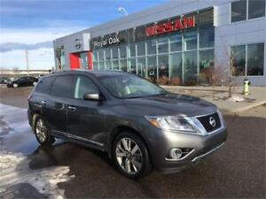 2016 Nissan Pathfinder Platinum **DVD - loaded with options**