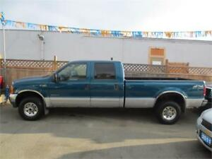 2001 Ford Super Duty F-350 SRW XLT
