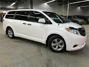 TOYOTA SIENNA CE 2013 / DEMARREUR / MAGS / 7 PASSAGERS /104900KM