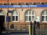 Amazing Three Bedroom Flat In Stepney Green!!! Viewings Recommended!!!