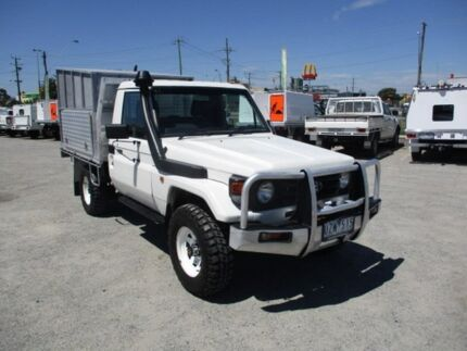 2005 Toyota Landcruiser White Manual Cab Chassis Pakenham Cardinia Area Preview
