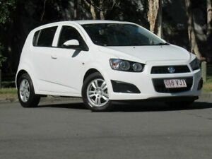 2014 Holden Barina TM MY14 CD White 5 Speed Manual Hatchback Slacks Creek Logan Area Preview