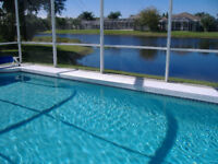 Emerald Retreat, 4 bedroom 3 bathroom, Beautiful Lakeside Villa on Florida's Gulf Coast