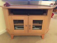 Corner TV cabinet - Beech