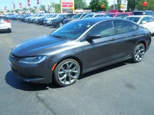 2016 CHRYSLER 200 S- SUNROOF, NAVIGATION SYSTEM, REAR VIEW CAMER