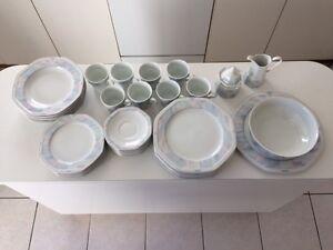 se de vaisselle  CHRISTOPHER STUART