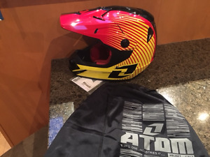 New ONE Industries Atom full face