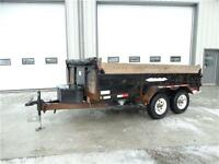Dump trailer with ramps
