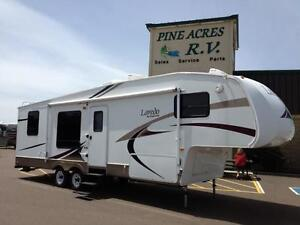 $115 BiWeekly   2006 Keystone Laredo 29 RK (Fifth Wheel)
