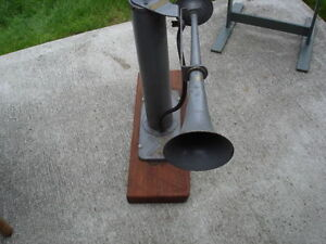 MILITARY FOG HORN Kitchener / Waterloo Kitchener Area image 1
