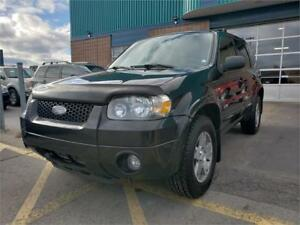 FORD ESCAPE XLT 2005******4X4*****CUIR*****TOIT*****